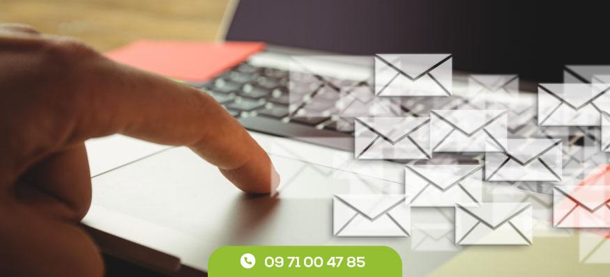 Distribution prospectus en boîte aux lettres vs e-mail marketing